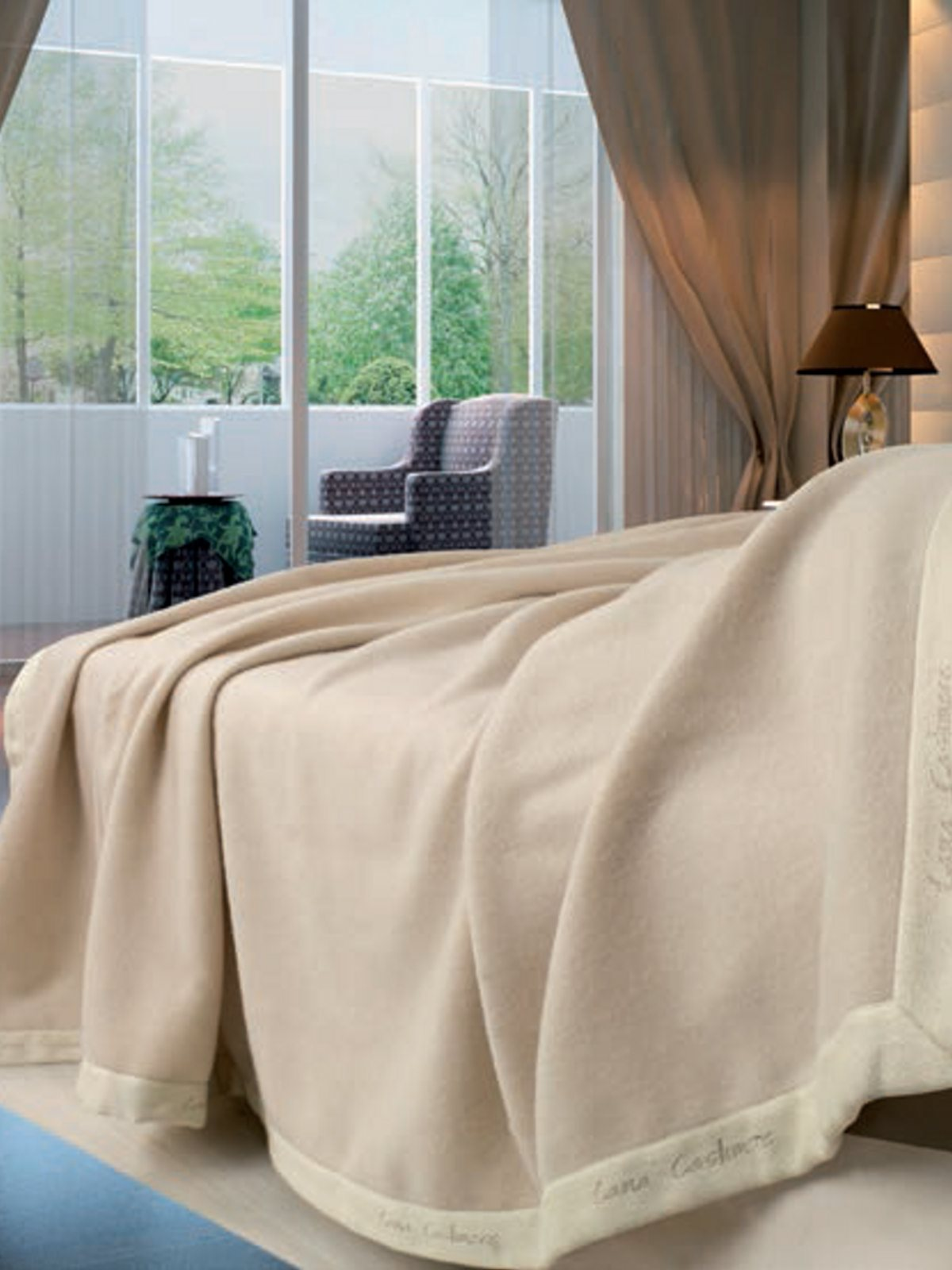 plaid en cachemire et laine m rinos fiordiloto lanerossi. Black Bedroom Furniture Sets. Home Design Ideas