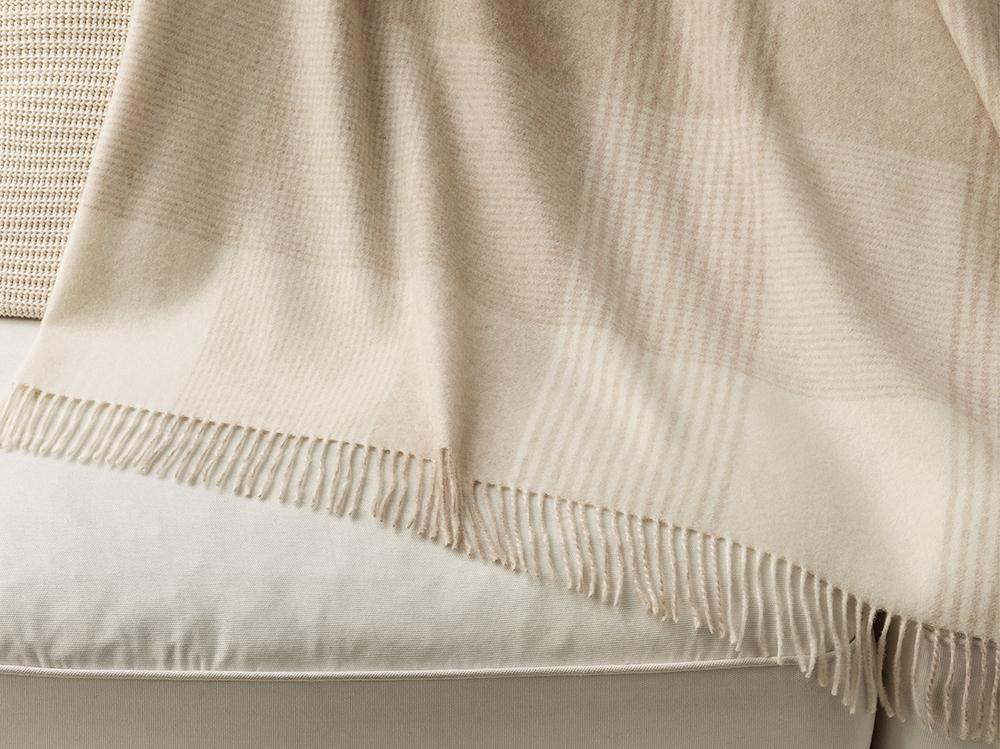 plaid en cachemire carreaux everest marzotto. Black Bedroom Furniture Sets. Home Design Ideas