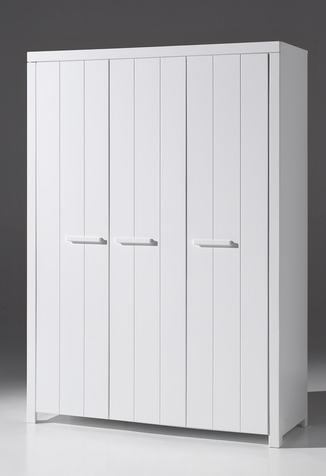 armoire 3 portes en bois laqu blanc erick. Black Bedroom Furniture Sets. Home Design Ideas
